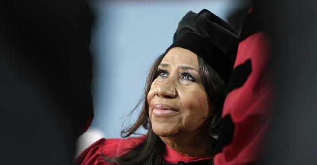 Aretha Franklin slams server's D-I-S-R-E-S-P-E-C-T