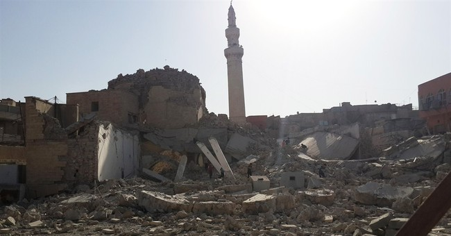 Islamic militants destroy historic mosque in Mosul
