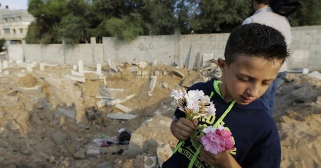In war-struck Gaza, civilians struggle to get by