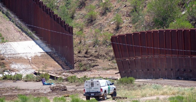 Storms knock down US-Mexico fence in Arizona