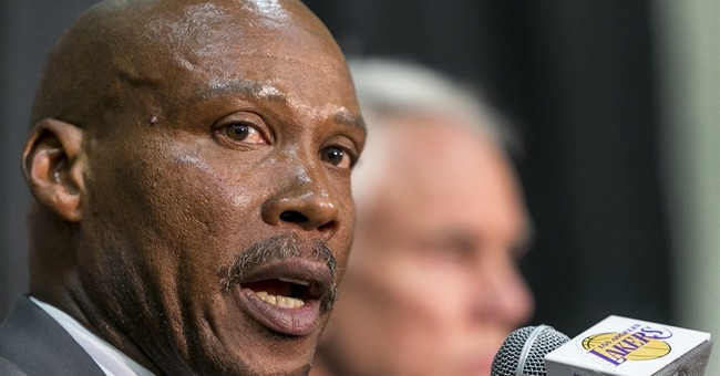 Byron Scott sees swift title contention for Lakers