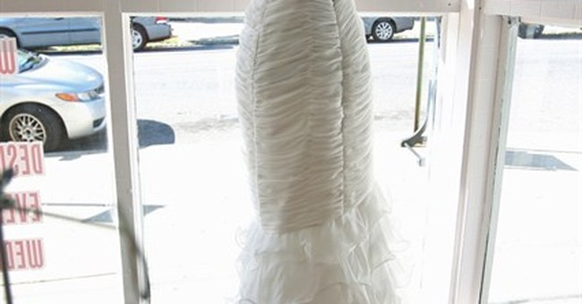 NYC woman finds wedding dress lost after Sandy