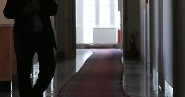 Kosovo prosecutor suspects some killed for organs