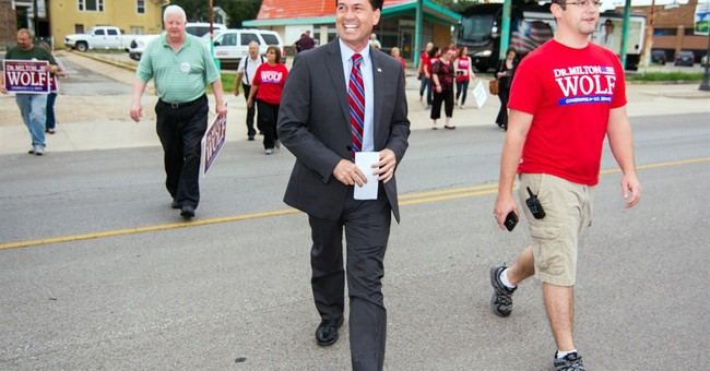 Tea-party challenger confronts Roberts in Kansas