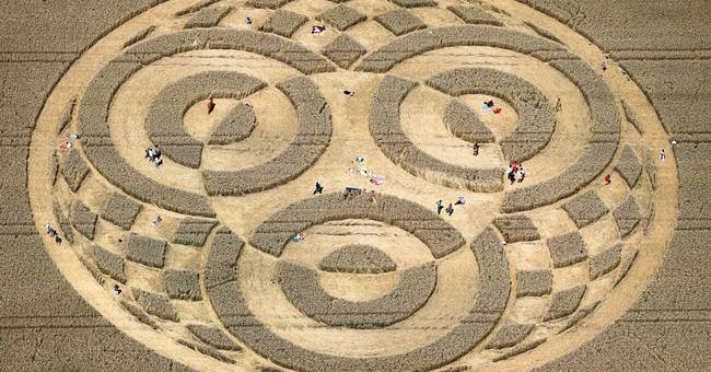 Crop circle in Germany attracts many visitors