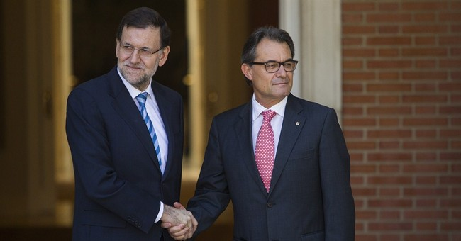 Leaders of Spain, Catalonia hold secession talks