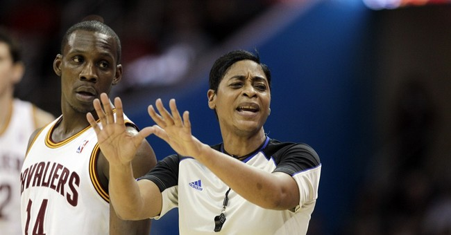 NBA ref Violet Palmer to marry longtime partner