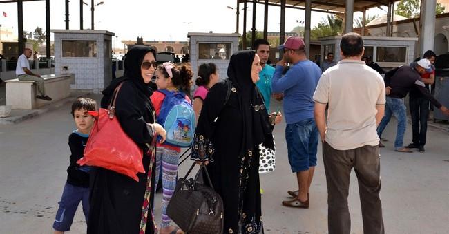 Libya Islamic militias declare control of Benghazi
