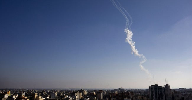 Top UN aid official urges daily 'pauses' in Gaza