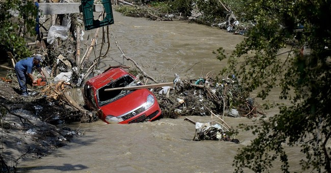 Floods submerge parts of Balkans, 2 have died