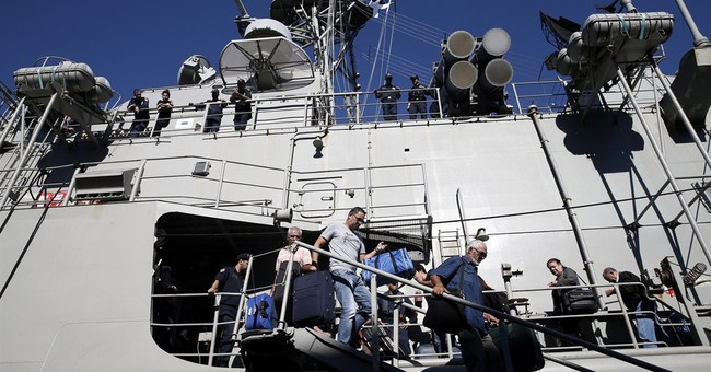 Greek frigate returns after Libya evacuation