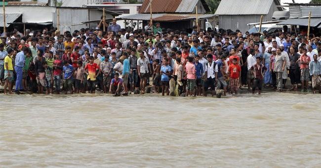Bangladesh rescuers struggle to find sunken ferry