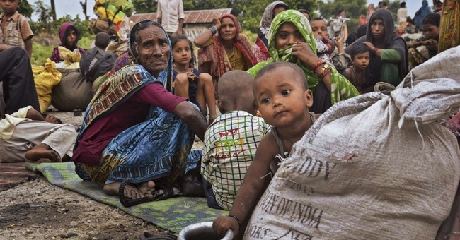 Nepal landslide raises fears of flooding in India
