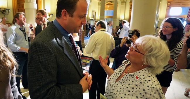 Colorado governor strikes key deal over fracking