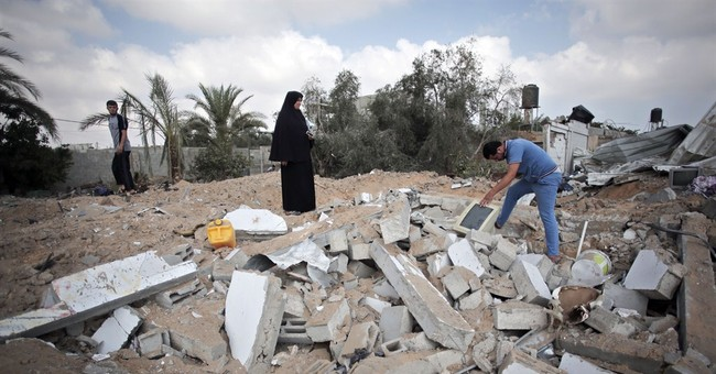 Gaza border town in ruins after Israeli attack