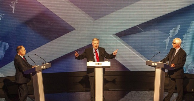 Rivals clash in Scottish independence debate