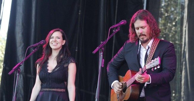 The Civil Wars music duo announce formal breakup