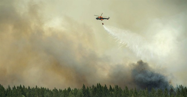 Sweden forest fire rages out of control, kills 1