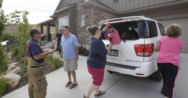 Landslide hits Utah neighborhood, destroys home