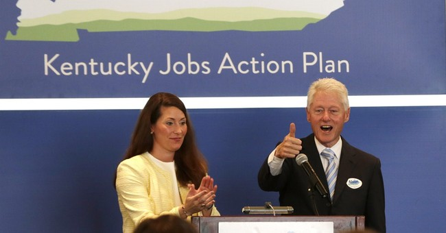 Bill Clinton rallies Kentucky Senate race voters