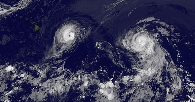Hawaii bracing as hurricane nears the islands