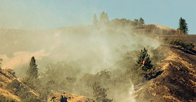 275 households told to flee Oregon wildfire