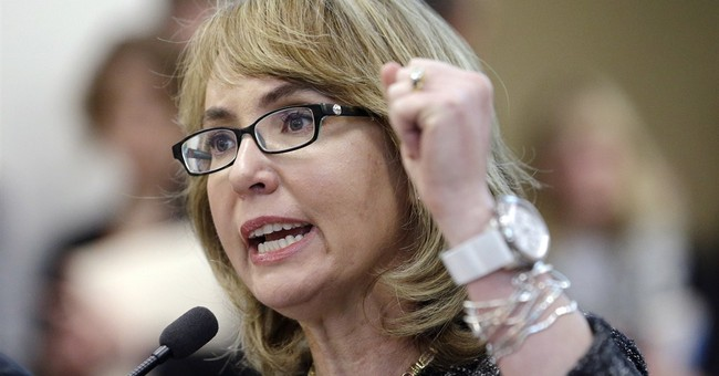 Giffords in Maine ahead of midterm push on guns