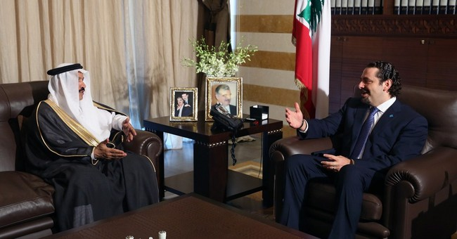 Lebanon's former PM returns from exile amid crisis