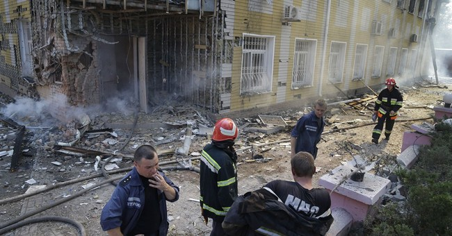 Ukraine demands that rebels in Donetsk surrender