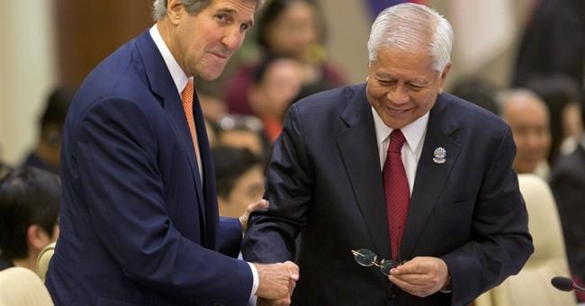 Kerry tries to ease Asian territorial disputes