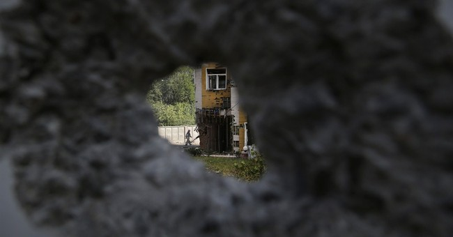 Ukraine demands that rebels in Donetsk surrender