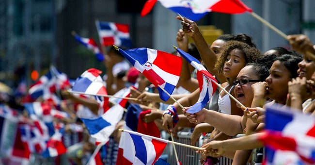 NY governor garners support at Dominican parade