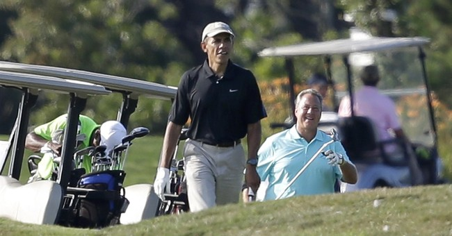 Foreign policy crises intrude on Obama vacations