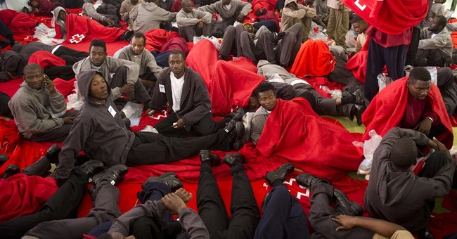 Some 1,400 migrants try to reach Spain from Africa