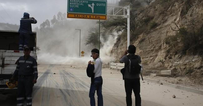 Quake rattles Ecuador's capital; 2 deaths reported