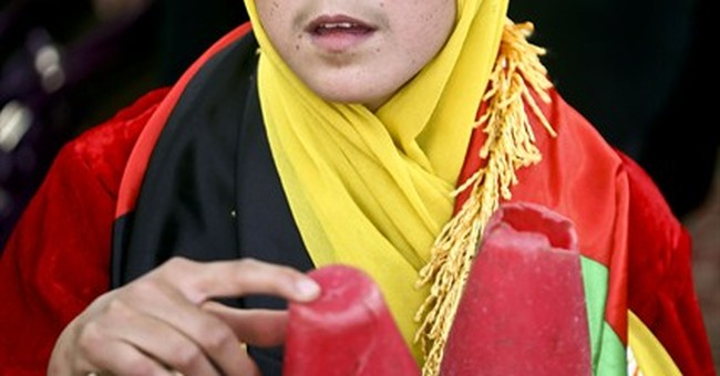 AP PHOTOS: Circus feats rare treat for Afghan kids