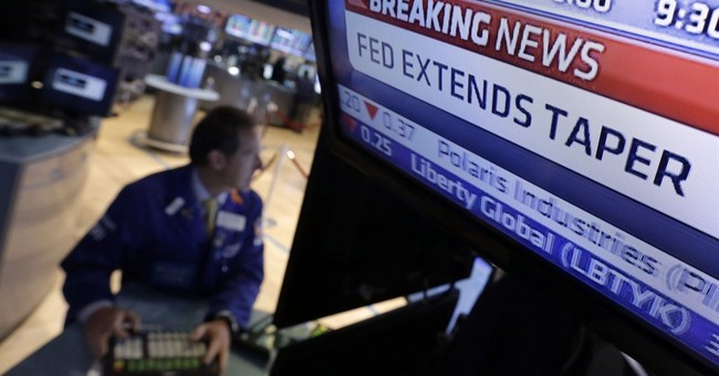 Like stocks, junk bonds show investor jitters