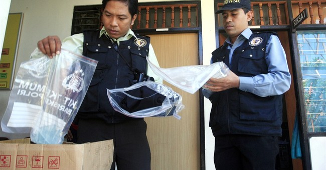 US woman dead in Bali; daughter, 1 other arrested