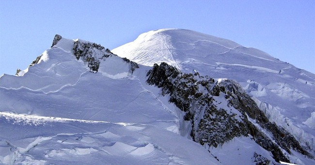 6 climbers killed in fall on Mont Blanc peak