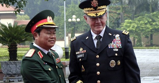 US military chief visits Vietnam to boost ties