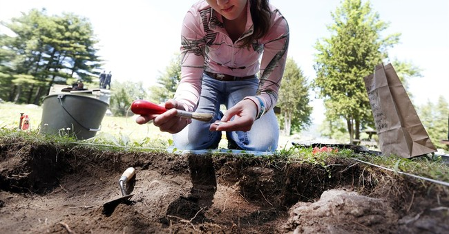 Dig at Colonial battleground turns up artifacts