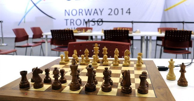 2 deaths overshadow end of Chess Olympiad
