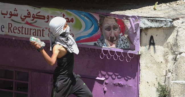 Palestinian divisions emerge in Gaza truce talks