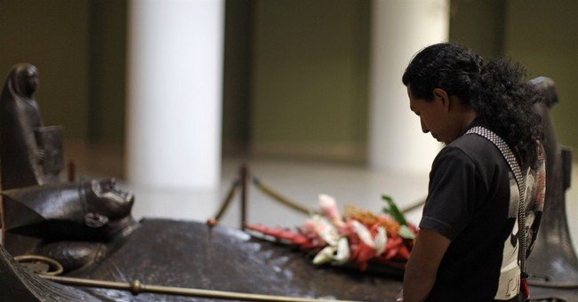 Pope eyes fast beatification for Salvador's Romero