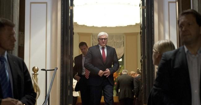 Ukraine: Dozens killed in shelling of convoy