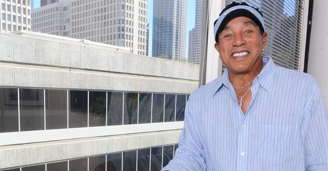 Smokey Robinson, still writing, duets with friends