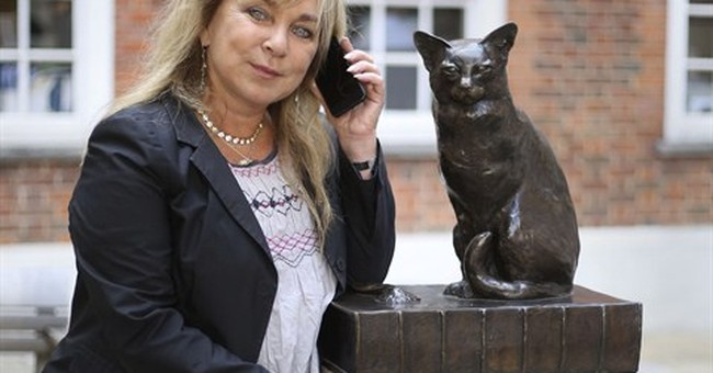 Ring, ring: London statues want to talk to you