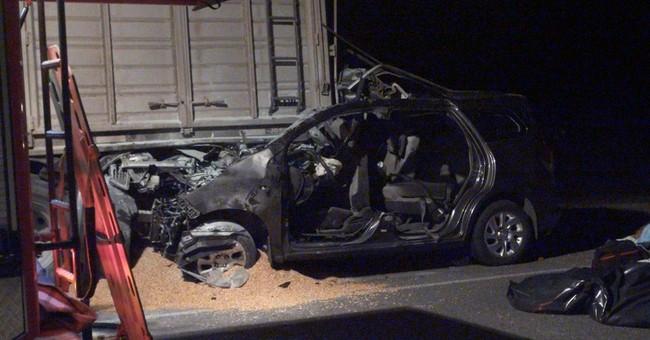 Argentina car crash kills 3 relatives of pope