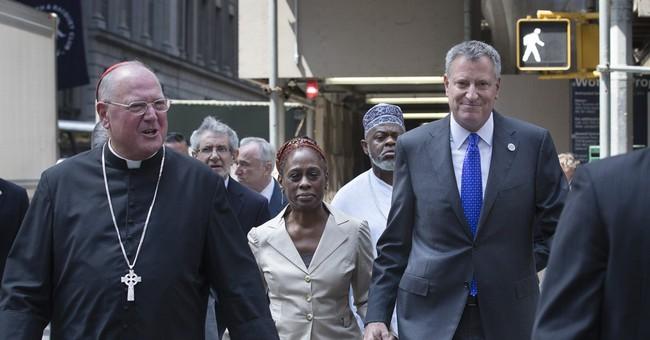 NYC mayor, faith leaders meet over chokehold death