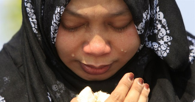 MH17 bodies returned as Malaysia battles fallout